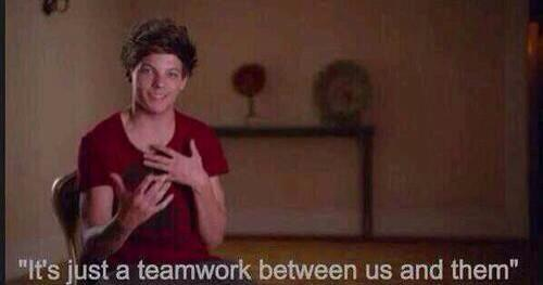 the boys bring the music  and the fans bring the awards  #heatOneDirection