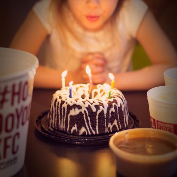 Kfc On Twitter Birthday Wishes Bring Free Cake Howdoyoukfc Http