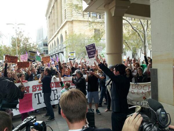 """hands up if you can't be stuffed waiting until 2016 until there's change,"" Scott Ludlam #may21protest @ecudaily http://t.co/pM0HX2I7J0"