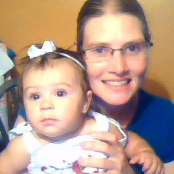 Facebook photo of Carol Coronado. Site has photos of her, the 2 older girls, & what looks like sonogram. http://t.co/0lnqiTCYoW