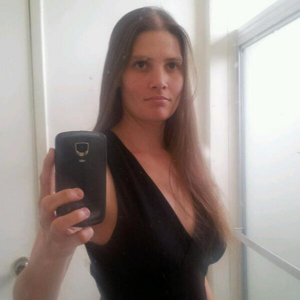 Here's another photo of Carol Coronado, mother arrested on suspicion of killing 3 girls near  Carson. http://t.co/6jJZm93Fs8