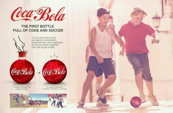 kutu kolayı ezip futbol oynayan nesil için devrim niteliğinde ürün, coca bola. http://t.co/pqQCMIvzty