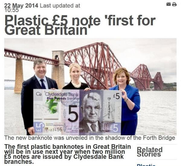 These new £5 notes are plainly too big! What were they thinking? http://t.co/mZmaqQ5mdM