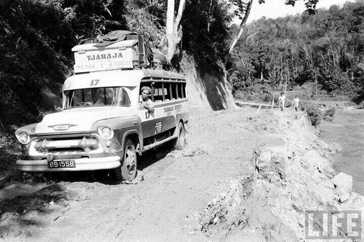 Image result for bus minang lamo
