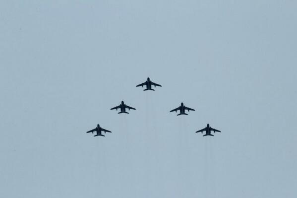 東北六魂祭  東北の復興を願い、ブルーインパルスの飛行が24日12:30~12:55に行われます。写真は、今日の予行飛行です。 http://t.co/YxnycfTARG