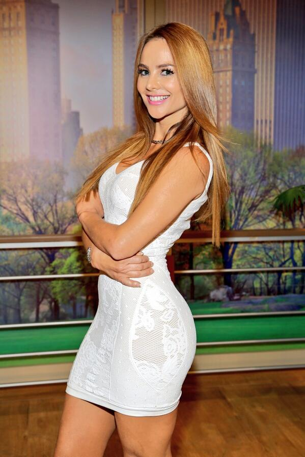Ximena Cordoba On Twitter At Ximenacordoba At Muvimiron