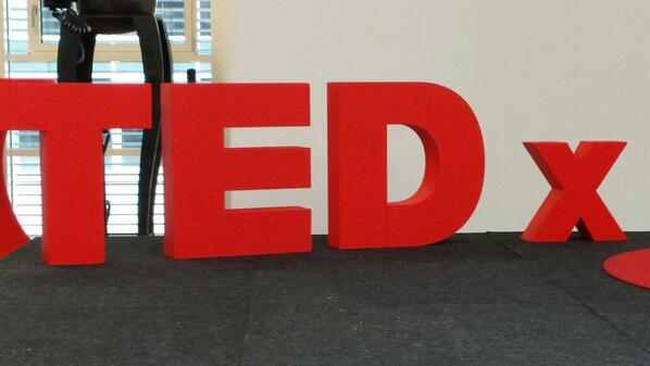 Hier geht's gleich ab Understanding the world #tedxms http://t.co/BbVjmopaPo