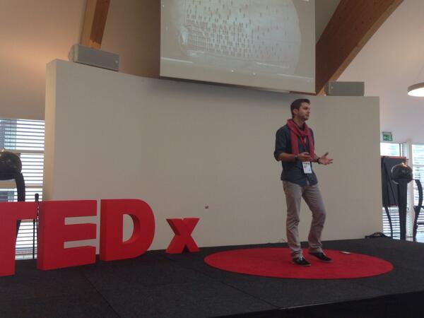 Unser erster Talk. Andreas Huber, jüngstes Mitglied des Club Of Rome Germany. #tedxms http://t.co/4HnhI0v4v7
