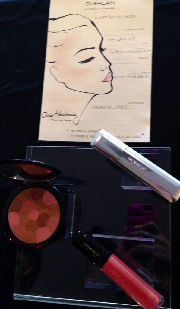 Makeup de día by @Guerlain #terracotta  #gloss #mascara http://t.co/e9FjEhjsPI