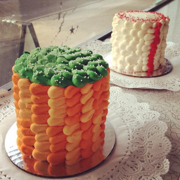 """We also have two fully decorated 4"""" cakes available for purchase in Champion Carrot and Southern Belle only $15 each! http://t.co/eqXef1cAZH"""