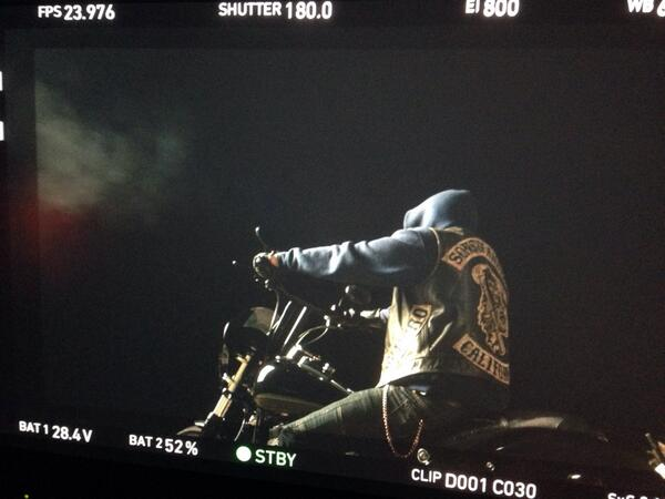 Of course there has to be riding. @SonsofAnarchy #SOAFX http://t.co/FCIDE1IR90