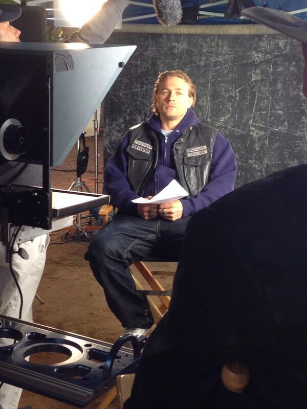 Now he's ready. @SonsofAnarchy #soafx http://t.co/wqEv2398IV