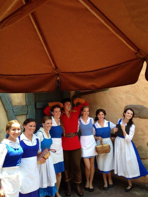 Gaston rockin his #disneyside with a few Belles http://t.co/PjskLesUpJ