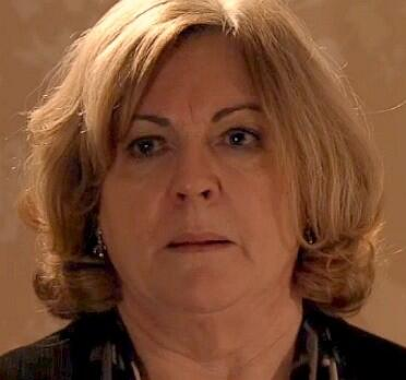 Don't want to spoil it but I think we all know #whokillstina  #corrie   She's at it again. http://t.co/nd9WpzzPbi