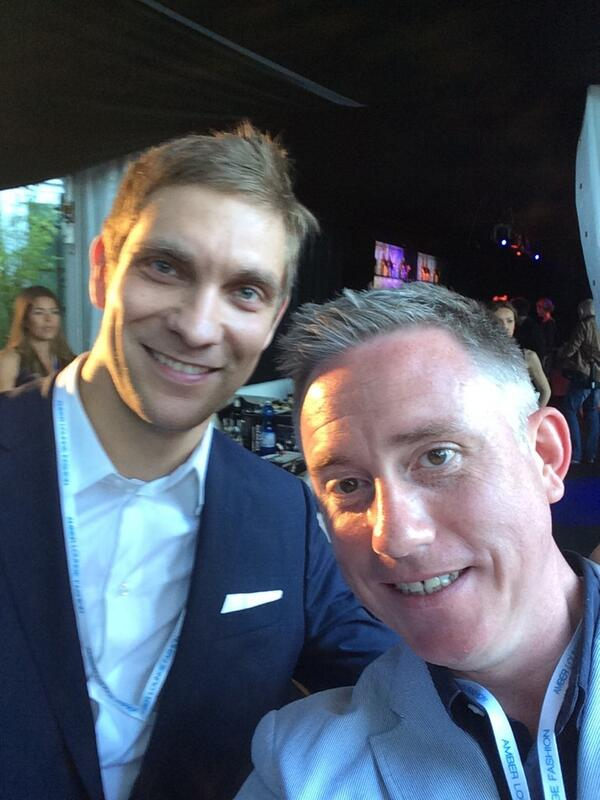 Look who I bumped into tonight. Good to see you @vitalypetrovrus!!! http://t.co/RTFFnFuUO0