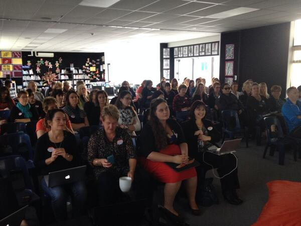 80+ passionate educators at #educampHB...awesome sharing. Lead learners learning!! http://t.co/svaws0i5Kr