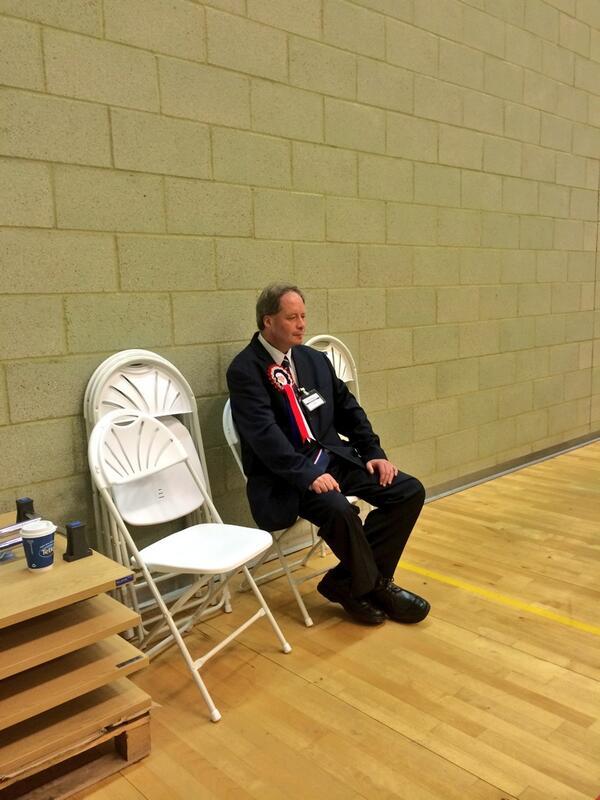Lonely and beaten BNP candidate in Barking & Dagenham yesterday. Bye-bye BNP for ever. 51-0. Twice. @UKLabour http://t.co/dJ6hAithvF