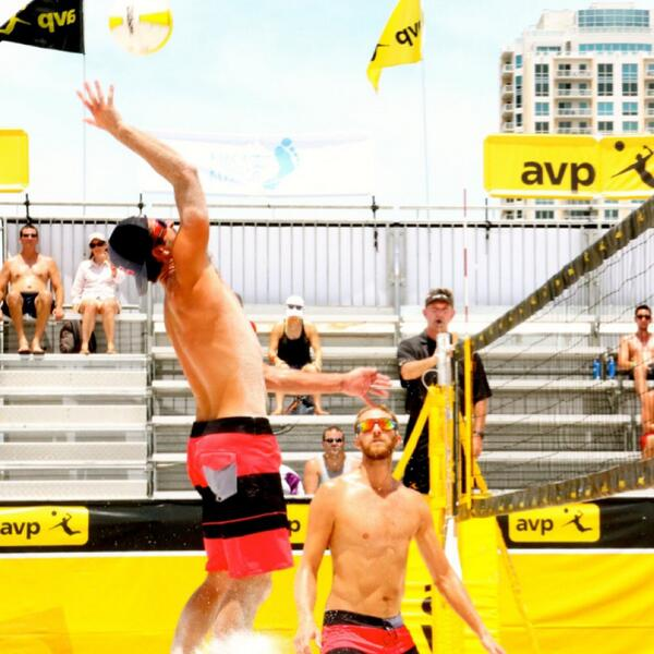 Another great game with Theo Brunner 21-12 21-18 #AVPStPete #AVP2014 #givesyouwings http://t.co/kWOfnWVbmz