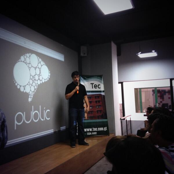.@lgflores13 presentando acerca de #public #netsquaredGT http://t.co/qVaGYUFMQy
