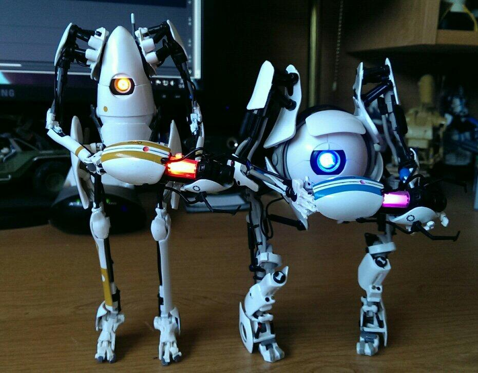 [NECA] Portal 2 - Atlas Action Figure Bo_phK5IEAAx3mE
