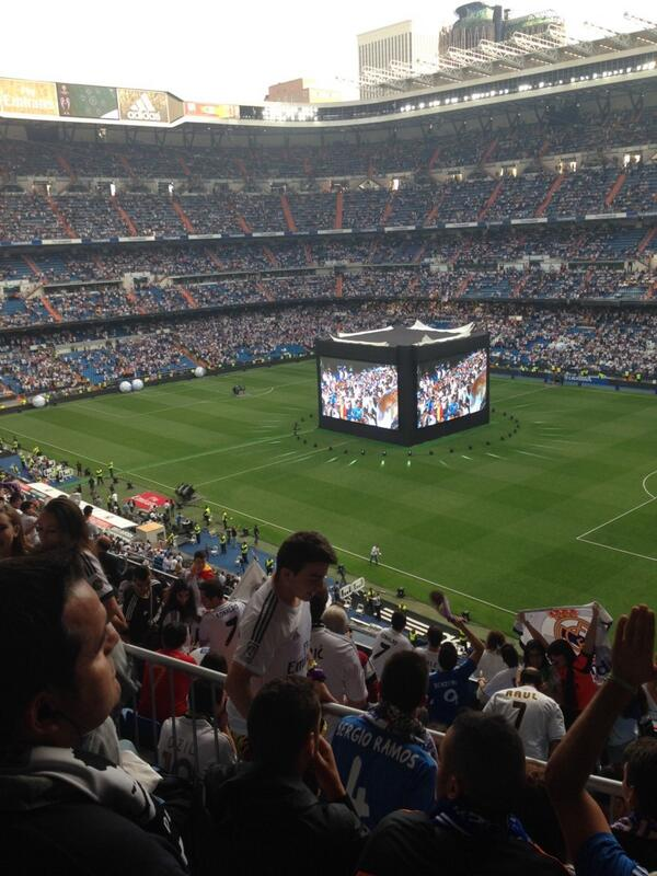 @si_soccer @richarddeitsch via @kscherb20 in the Bernabeu http://t.co/cFTXOrseuG