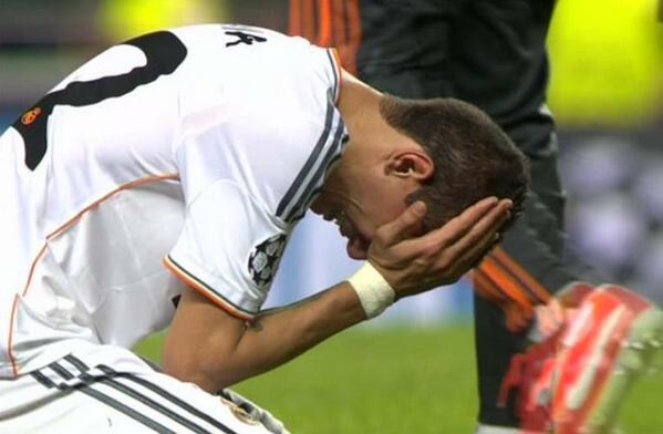 """Di María ROMPE A LLORAR tras el FINAL del encuentro. Para nosotros el mejor de la final http://t.co/gBTAGtNzuO"""""""