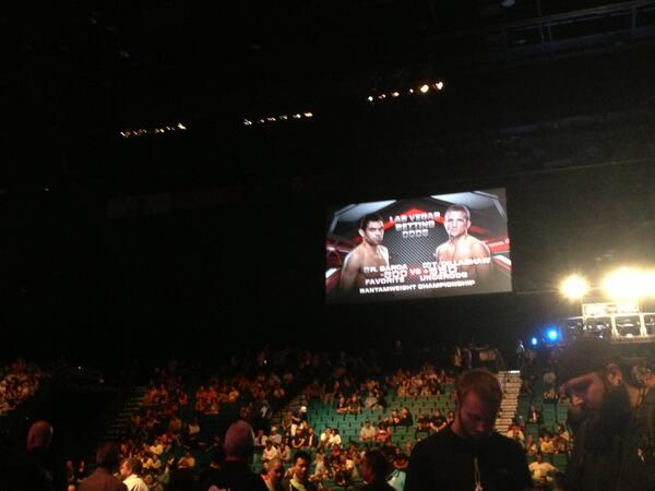 Barao spelled wrong in arena. #fail #UFC173 http://t.co/nFynhUUFZV