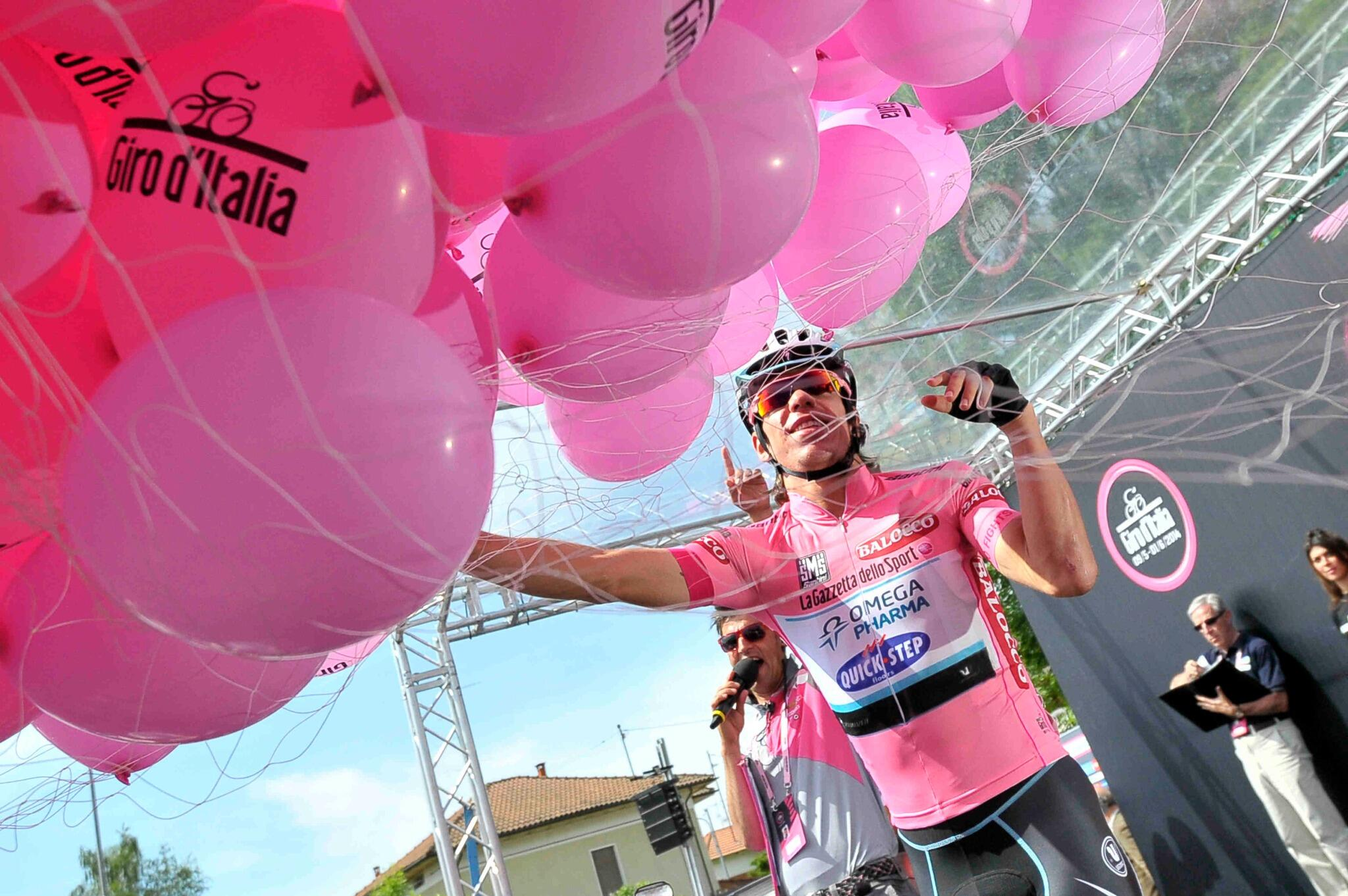 Giro d'Italia 2014 (Fight For Pink) - Página 23 BoempbKIEAAXGpu