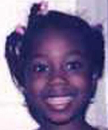 Elizabeth went missing from #Manchester aged 5 Pl RT + help find her #TheBigTweet http://t.co/GK9jtOXtmG http://t.co/hCt2tX54wY