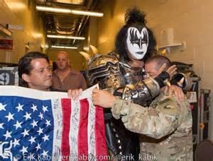 """""""KISS-FANS! #HappyMemorialDay TIME-TO-""""REMEMBER-THE-ONES-WHO #FOUGHT AND #DIED """"FOR-OUR-FREEDOM""""! @genesimmons http://t.co/LaaumWi0v3"""