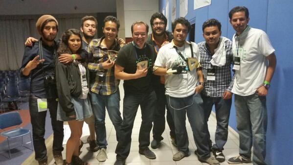 Felicidades a @cryonix_mx el equipo Maker ganador de entre las cuatro áreas del #SWMEGA http://t.co/7yblgHPdVU