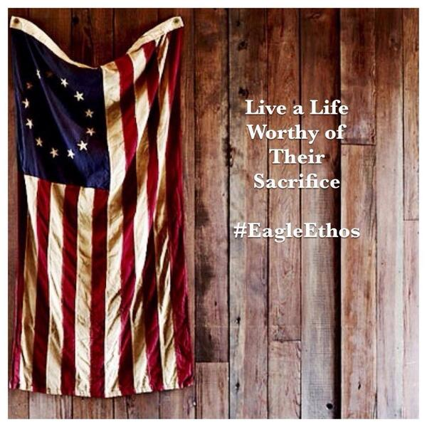 A simple & positive #MemorialDay message from @TeamRWB: Live a life worthy of their sacrifice. http://t.co/86heiEFzez