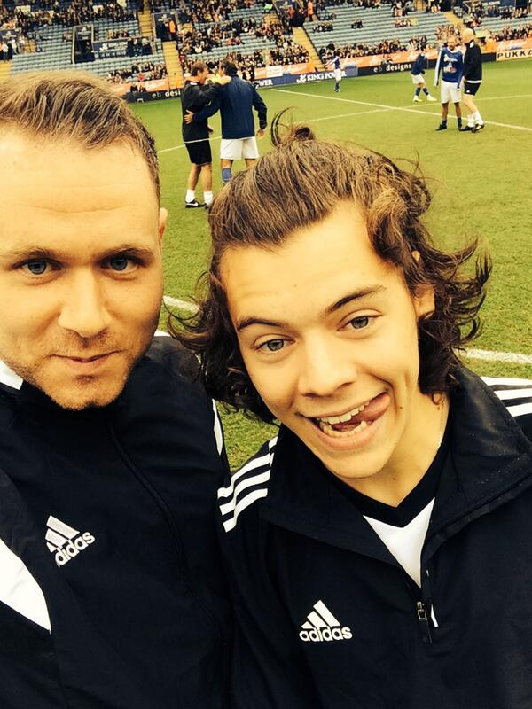 What a guy @Harry_Styles. Good to see you mate http://t.co/f8XtOkXsa4