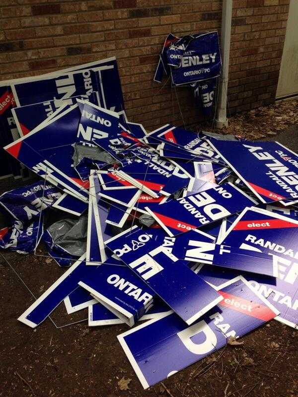 On a sign damage story - @Randall_Denley says he lost this pile this weekend, >$1000 damage. #cbcott #ottnews #onpoli http://t.co/Xejaz7RVnW