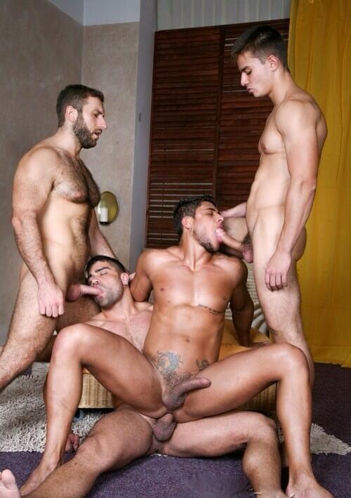homo gruppe sex håndværker sex