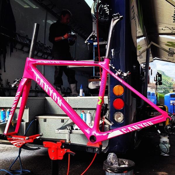 Giro d'Italia 2014 (Fight For Pink) - Página 5 BoqAEQ2IYAEn7ee