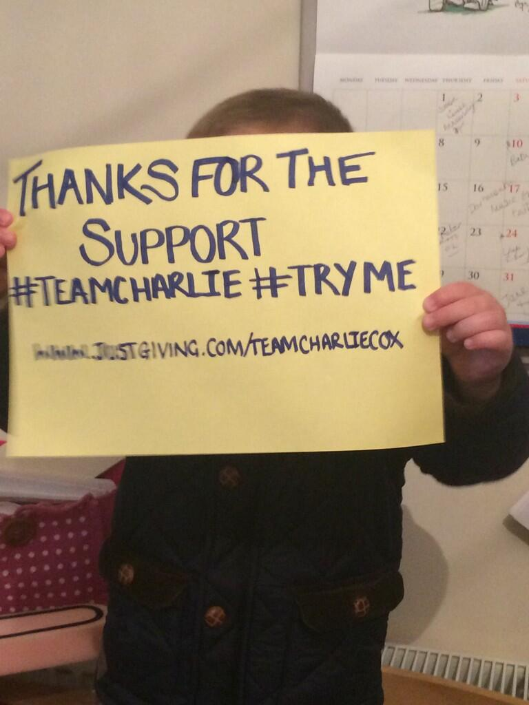 RT @bricklayercox: @lemontwittor pls RT 2 help us raise awareness for @braintumourrsch - @TeamCharlieCox #teamcharlieselfie http://t.co/ipe…