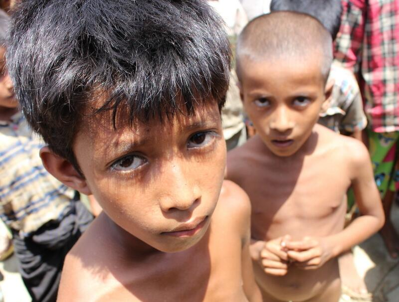 Twitter / NickKristof: Malnourished kids in a camp ...