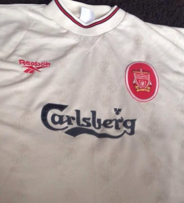 d668d47e25a Vintage Reebok Rare Liverpool Carlsberg Away Football Shirt 96 97 XL £14.99  ...