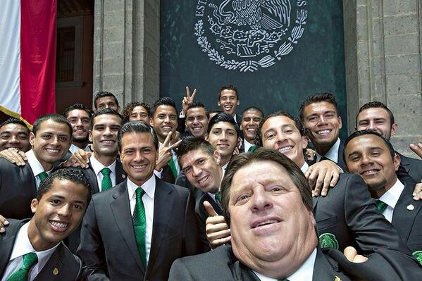 World Cup: Mexico coach Herrera's wild touchline antics a hit on social media