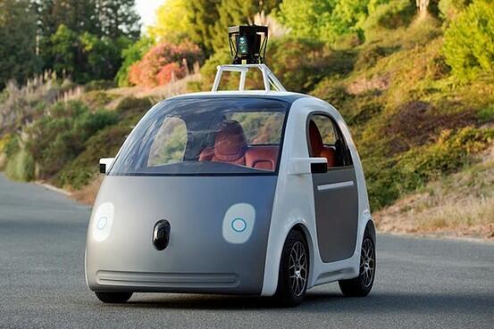 グーグルが全自動運転の試作車、ハンドル・アクセル・ブレーキなし on.wsj.com/1jsyf9t (Google) pic.twitter.com/txuuBAPhdD