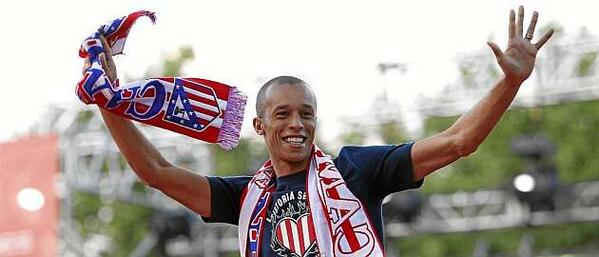 BotN6VjIEAAp8xT Man United have signed Atletico Madrid central defender Miranda for €30m [AS]