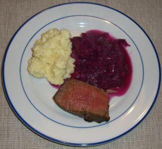 Food combining diet foodcomb twitter httpfood combining dietrecipesprotein food combining recipes with meatprotein beef fillet roast with red cabbage and mashed parsnips forumfinder Choice Image