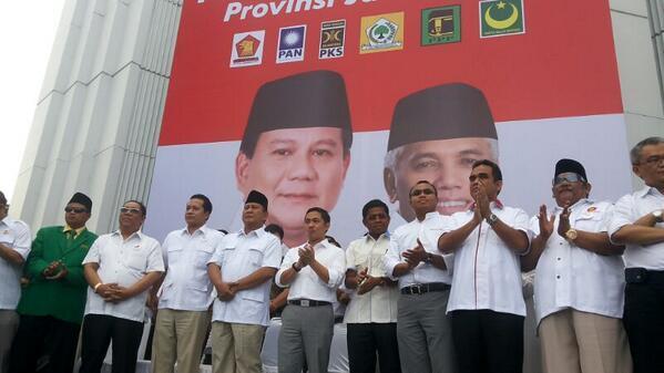 Prabowo beserta tokoh pendukung Prabowo-Hatta