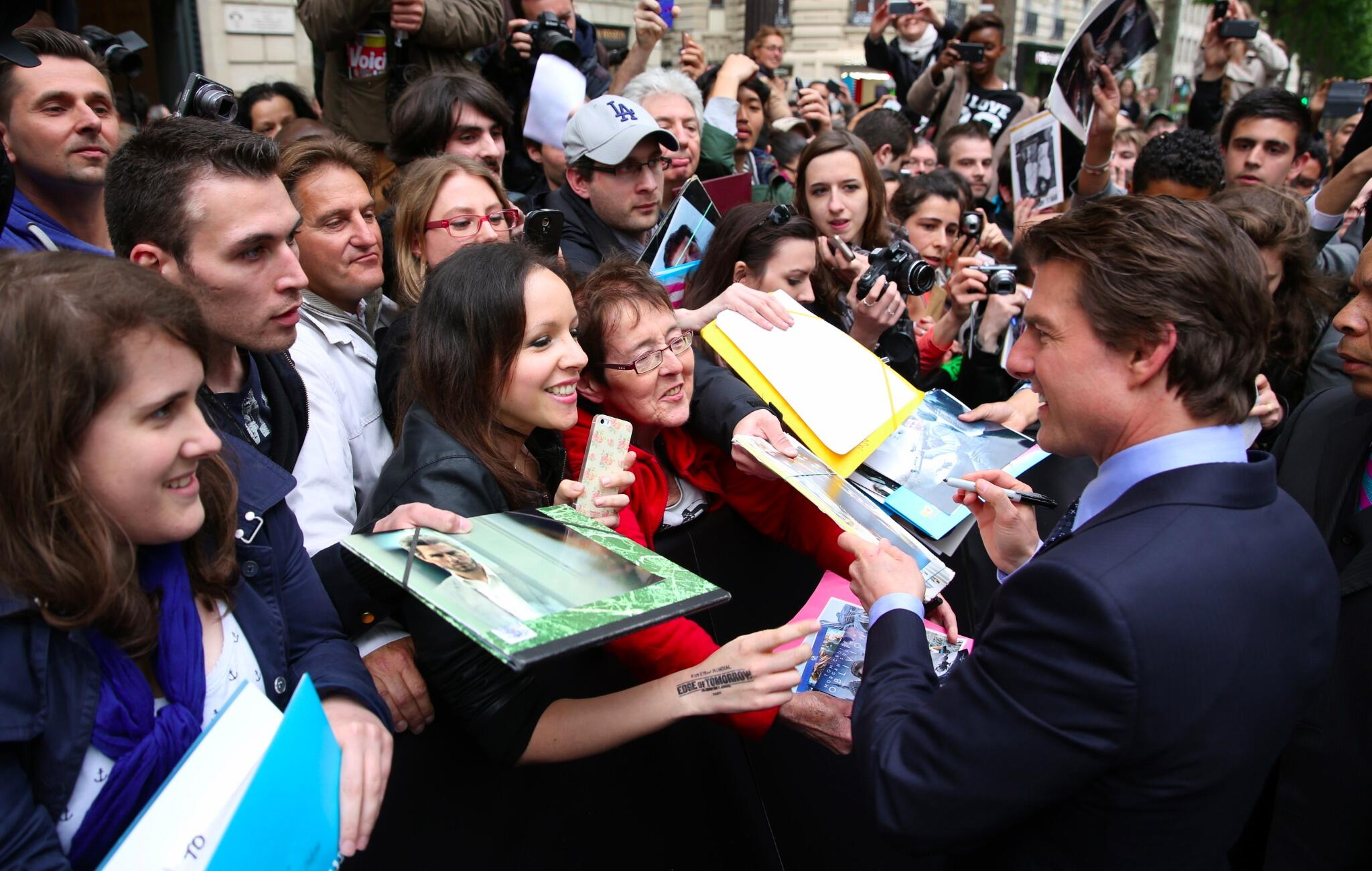 Twitter / TomCruise: Meeting fans on the Champs ...