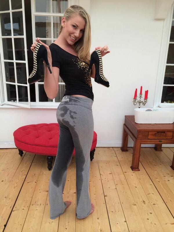 wetting her panties