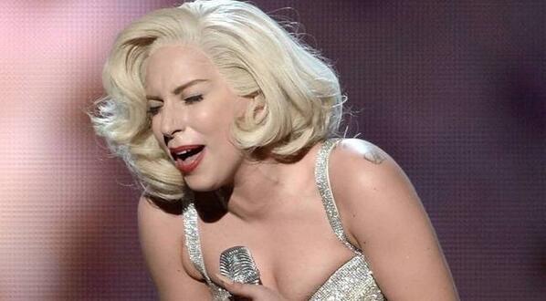 A decadência de Lady Gaga! Cantora pop não vende mais e é esquecida pela mídia http://t.co/yWkSoB8EQj #R7  http://t.co/UI7gZ7sRT4