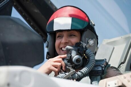 Meet the UAE's first female Emirati airforce pilot http://t.co/dzhPNzrNS4 http://t.co/2DDbM0ITa4