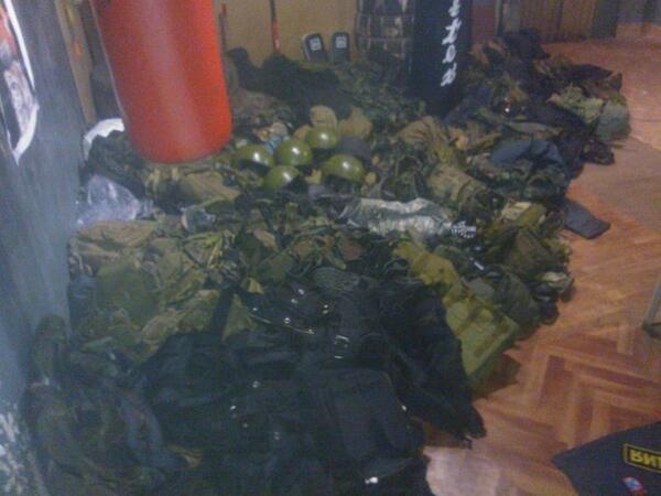Вооруженные террористы захватили здание прокуратуры в Лисичанске, - МВД - Цензор.НЕТ 1847