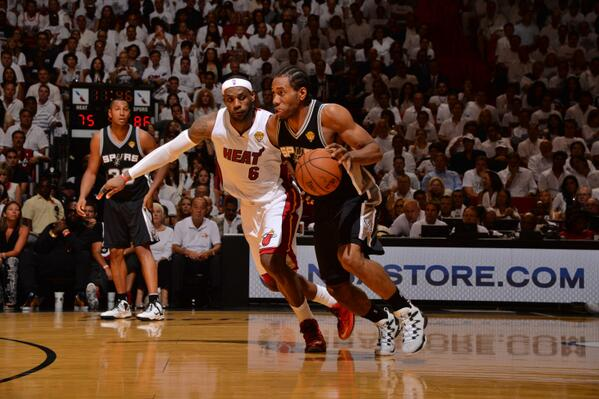Kawhi Leonard had a career-high 29 points en route to a Spurs Game 3 win. (Getty Images)